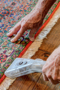 hand cleaning carpet